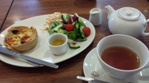 Second day: Lunch- Feta, tomato and spinach quiche, side salad and colelaw, and a delicious tea... Have no idea what kind.